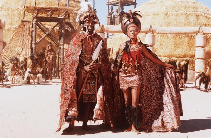Shaka kaSenzangakhona Zulu and his mother Nandi Source : Shaka, a film by William Faure