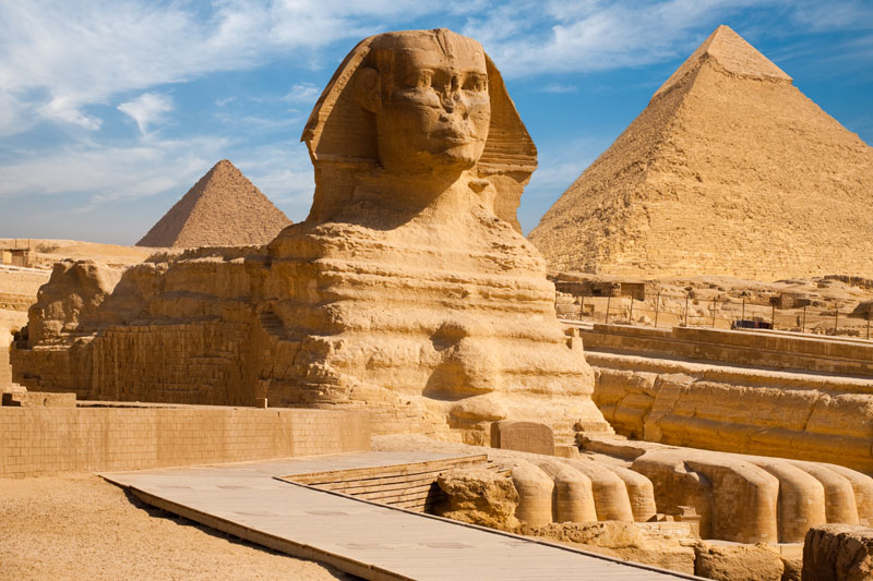 The great Sphinx of Giza : Pharaoh's Khafra African head is at the top of a lion's body. Such an association is absolutely unthinkable for the Arabs who occupy Egypt today. That's why they call the Sphinx Abu al Hol - Father of terror. They obviously do not understand this African work, simply because they are not the ones who built it.