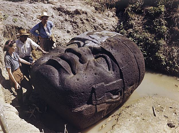 The discovery of an African head of the Olmec civilization